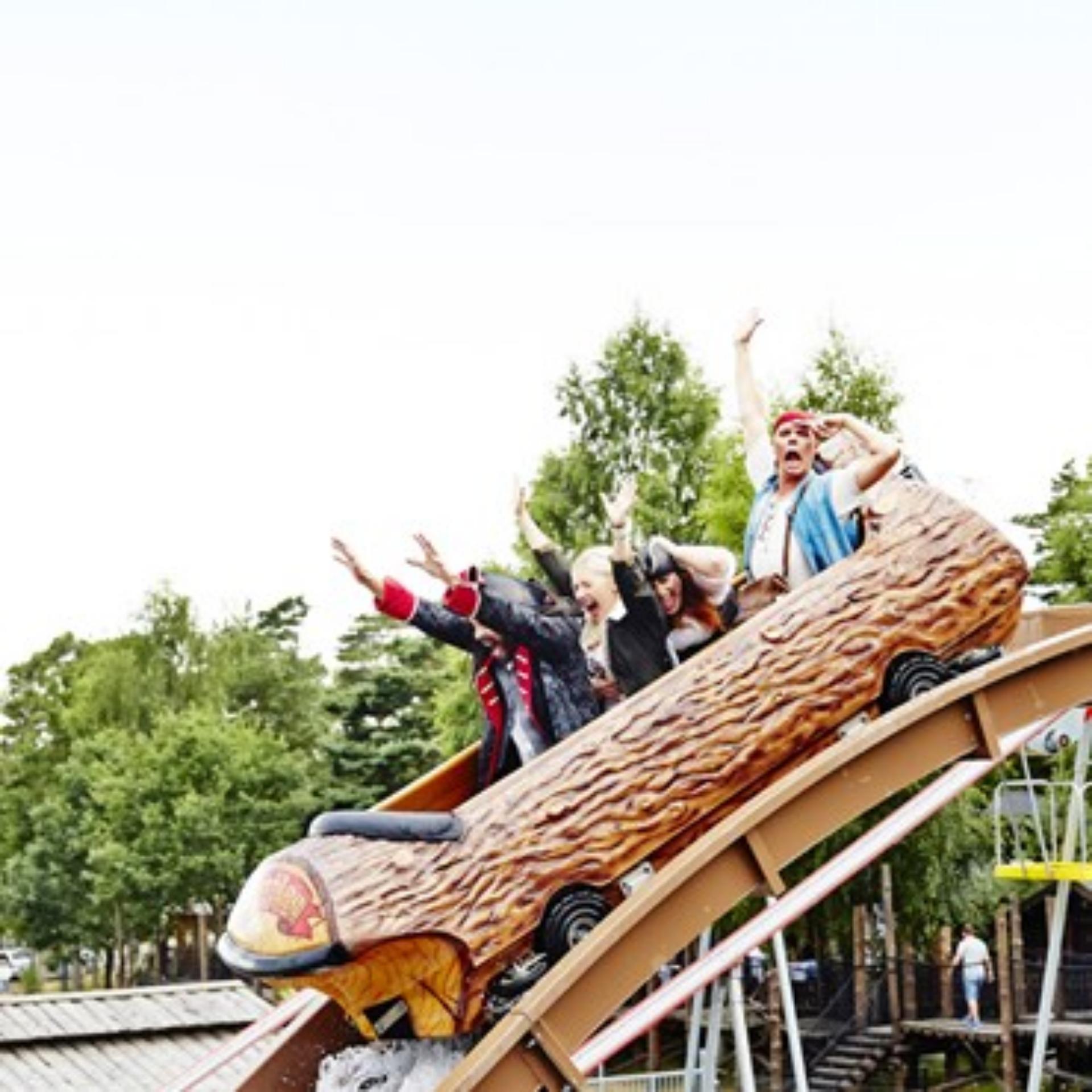 interlink log flume water ride sweden