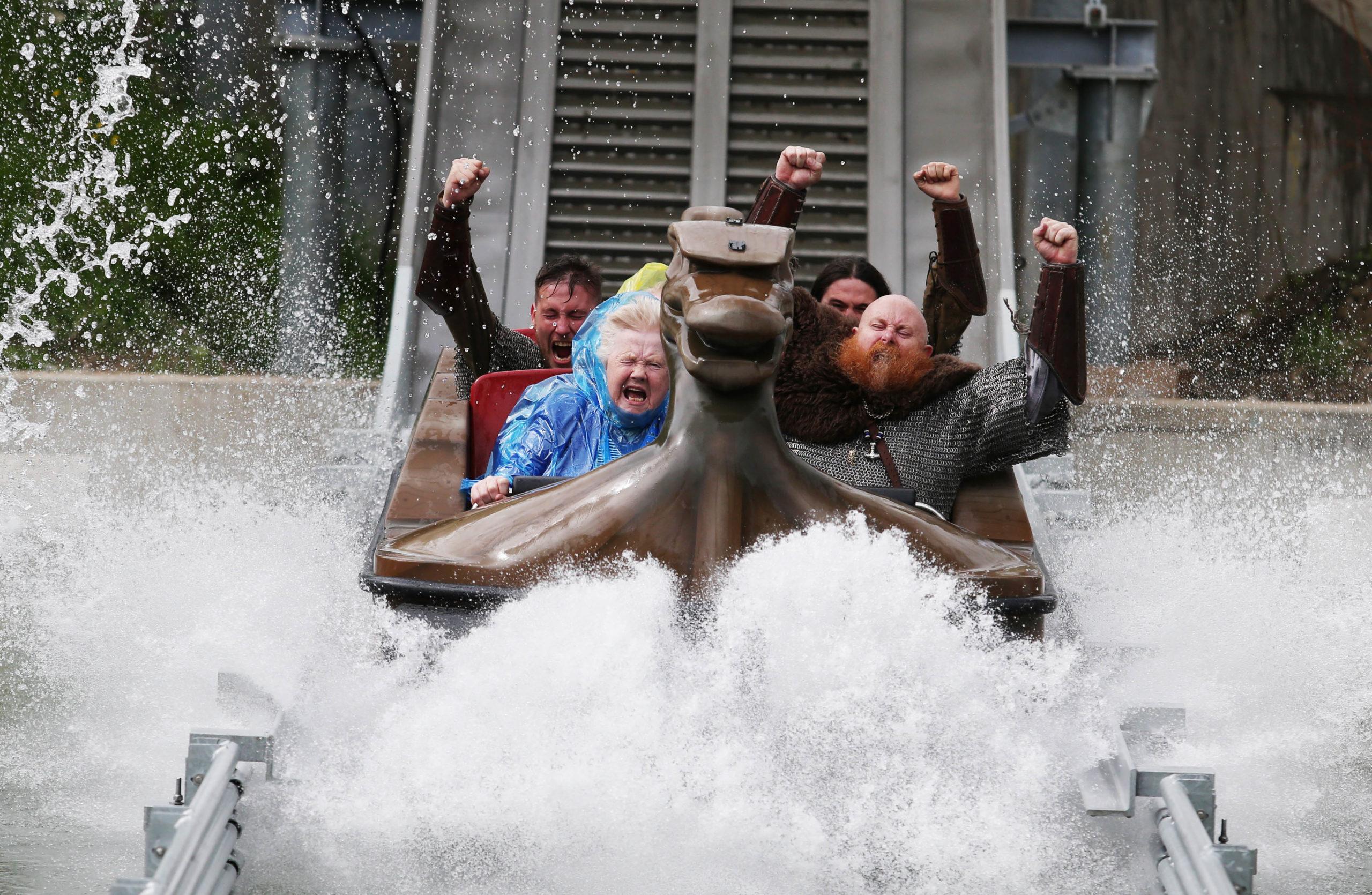 Interlink New Ride : Superflume Viking Voyage at Tayto Park Splash