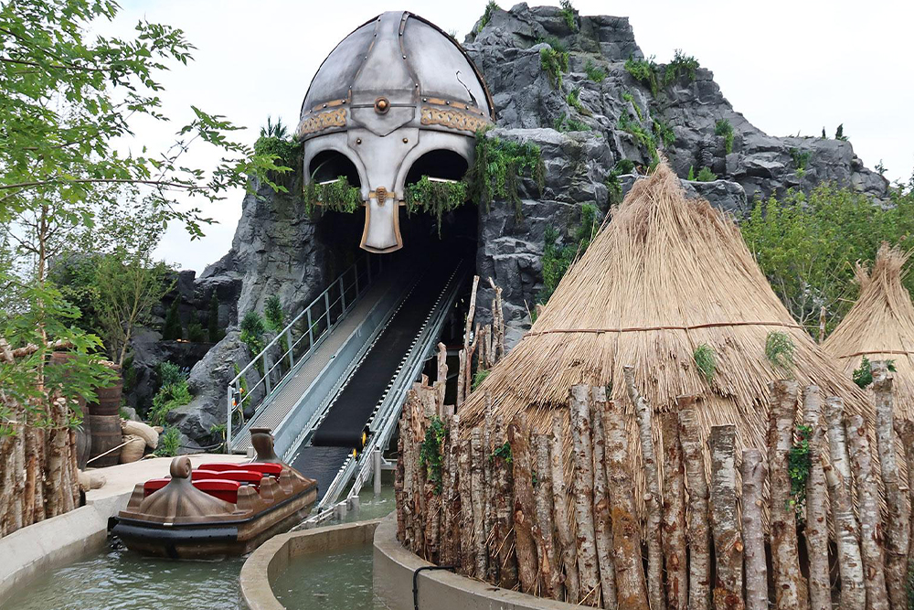 Interlink New Ride : Superflume Viking Voyage at Tayto park