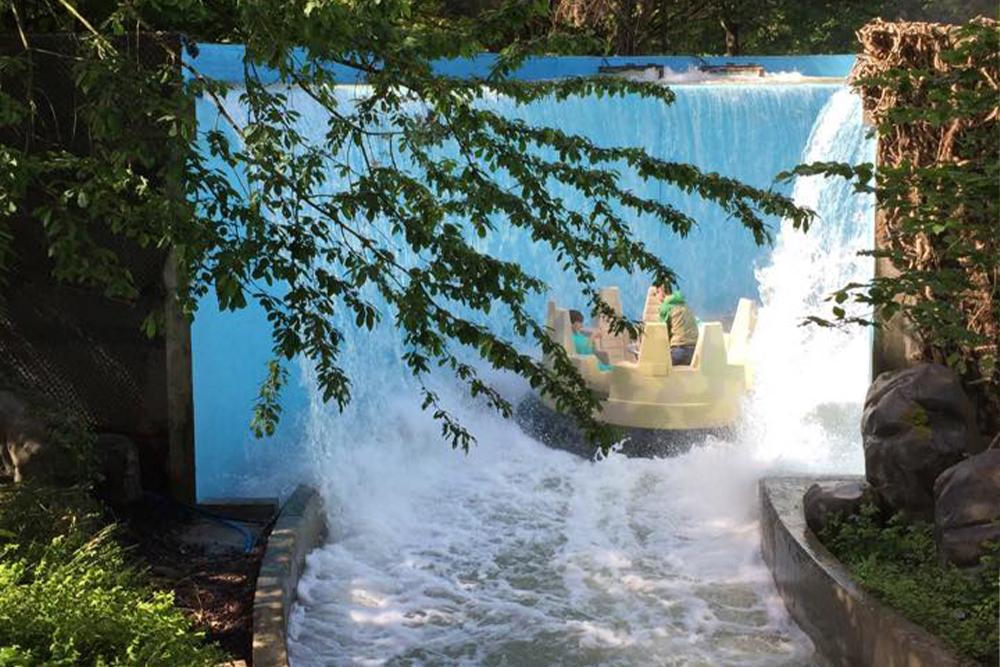 Interlink New Ride : Dino Raft at Walygator Park 9