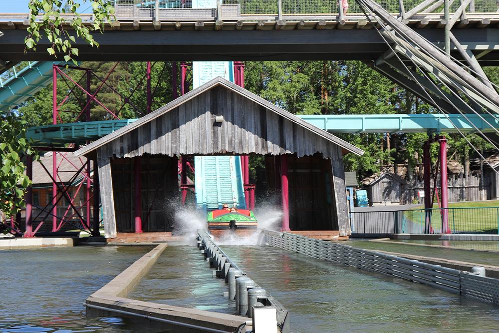 Interlink New Ride : Superflume Kwai River at Powerpark 9