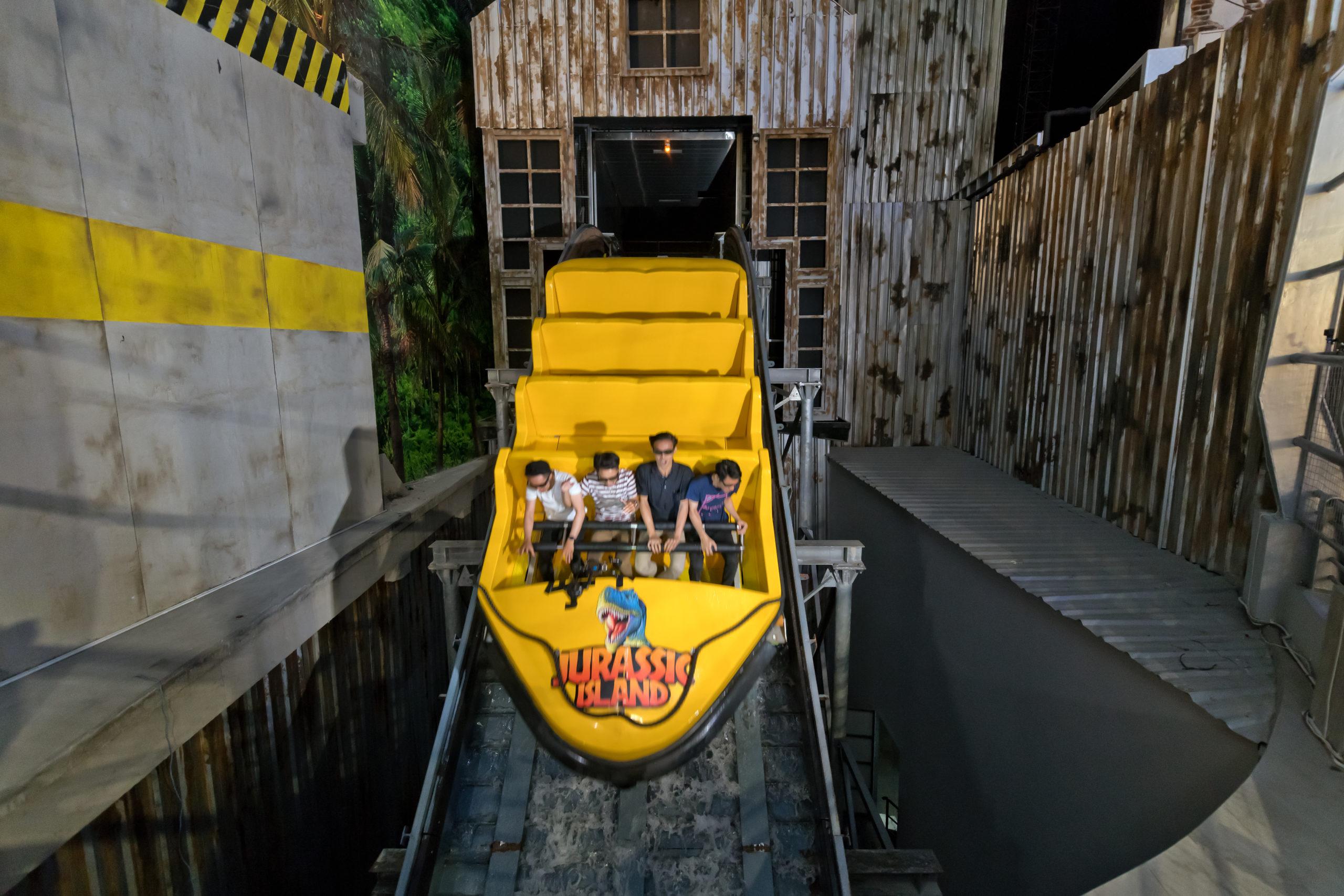 Interlink New Ride : Immersive Superflume Jurassic Island at Trans Studio Cibubur Final Plunge