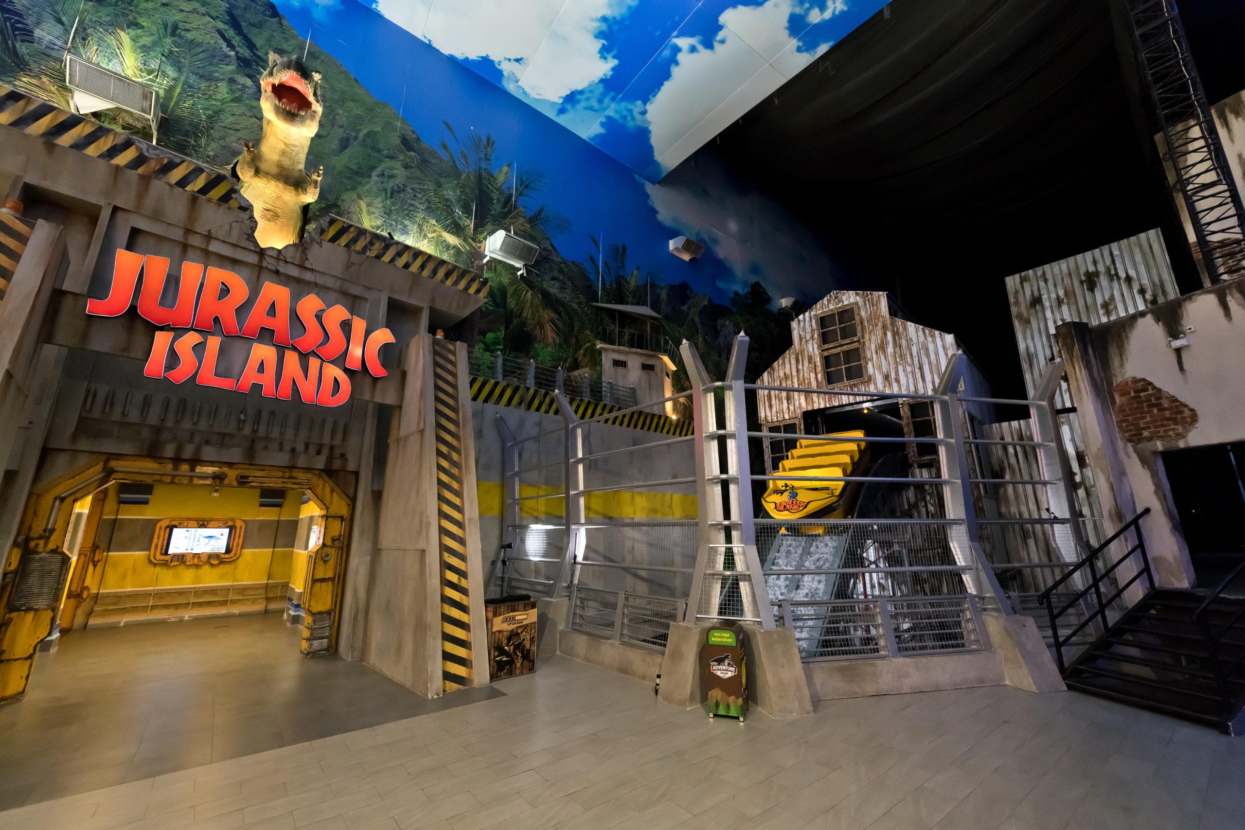 Interlink New Ride : Immersive Superflume Jurassic Island at Trans Studio Cibubur outside
