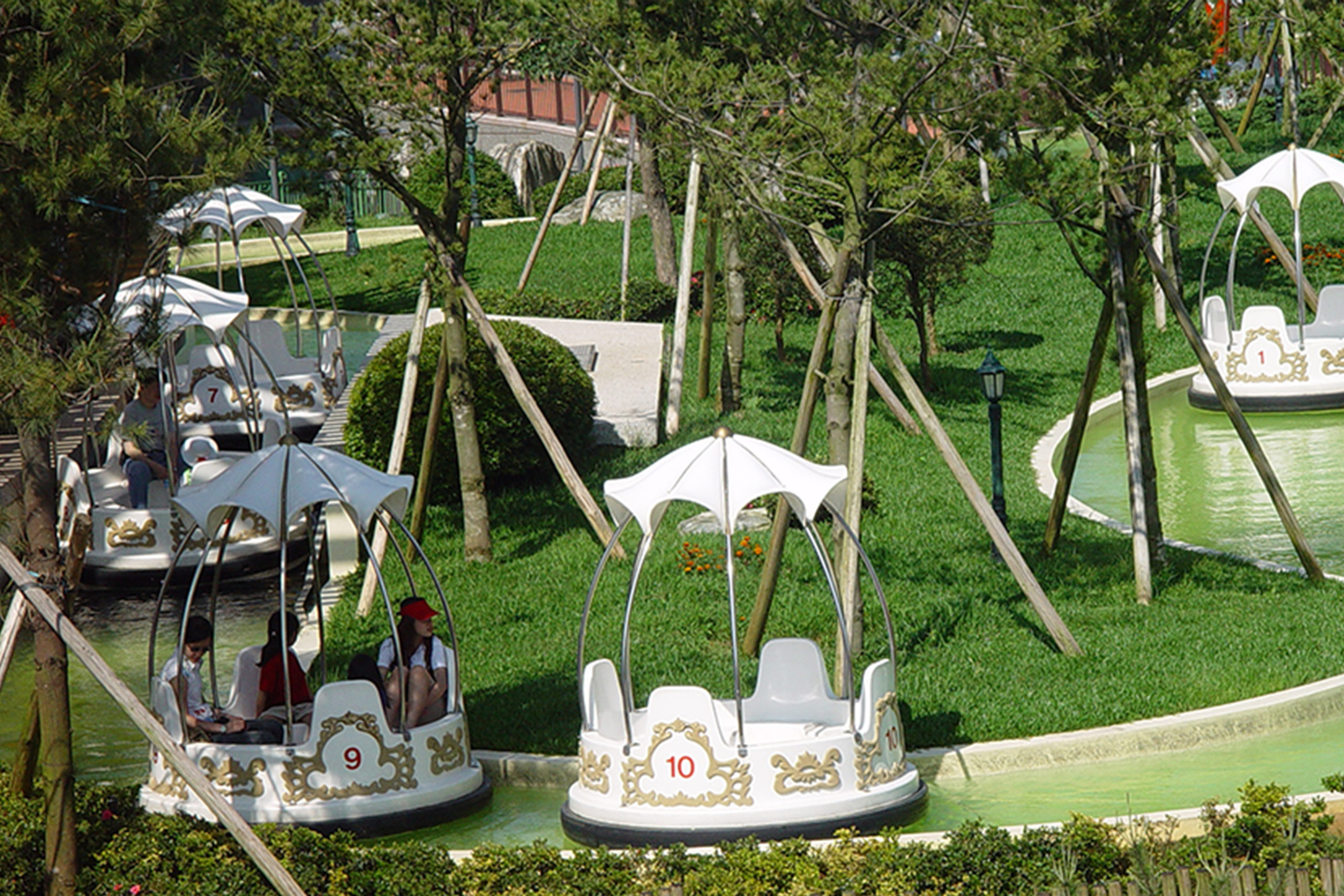 Interlink New Ride : Spin Boat Garden Boats at Lihpao Land 4