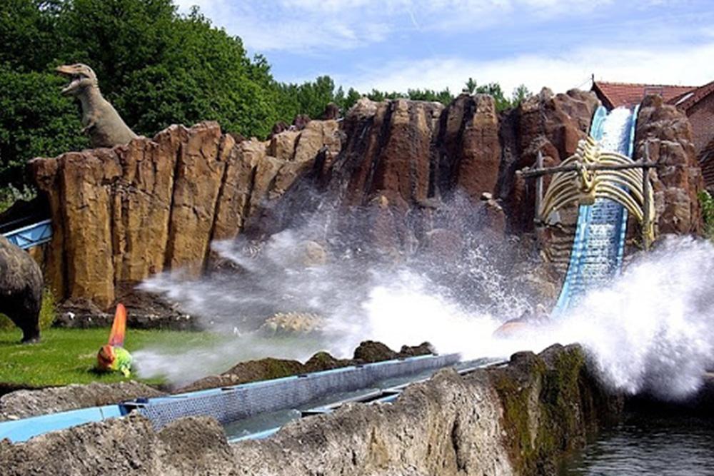 Interlink New Ride : Log flume Dino Splash at Parc Saint Paul 2