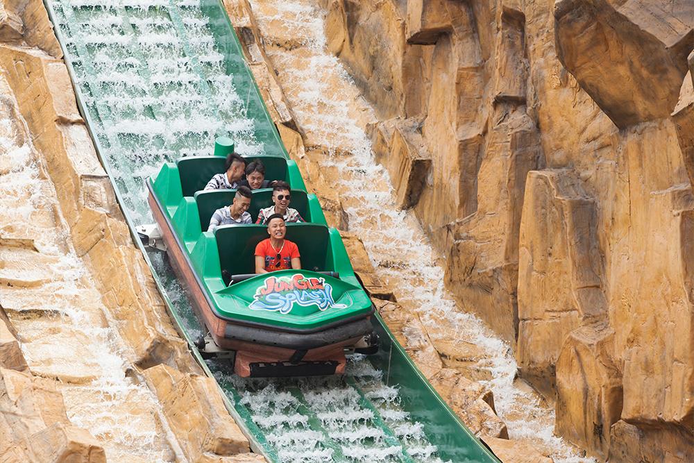 Interlink New Ride : Superflume Safari Jungle Splash at BaoSon Big plunge